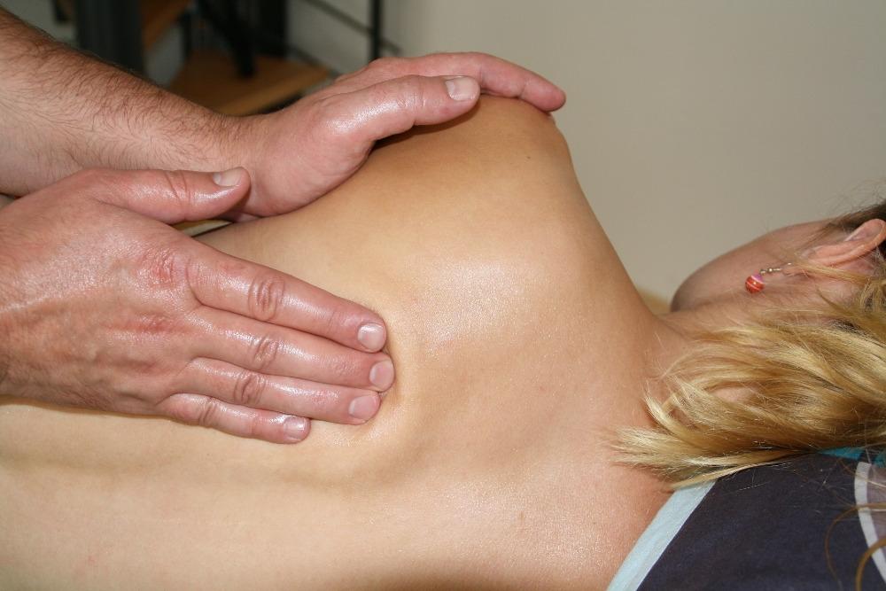 Závažná onemocnění Vás na masérské lehátko bohužel nepustí a proto budu v takových případech od Vás vyžadovat lékařskou zprávu, že je masáž možná. Děkuji za pochopení. Ilustrační foto: Pixabay.com